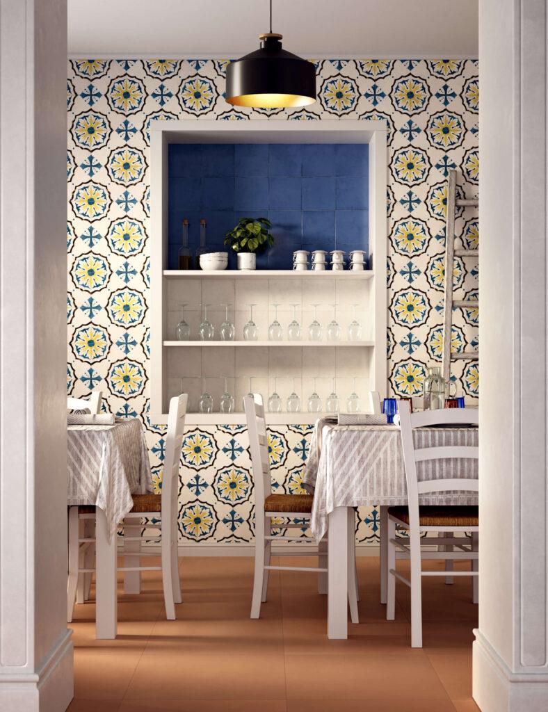rendering di pavimento e rivestimento in ceramica con tavoli apparecchiati e sedie